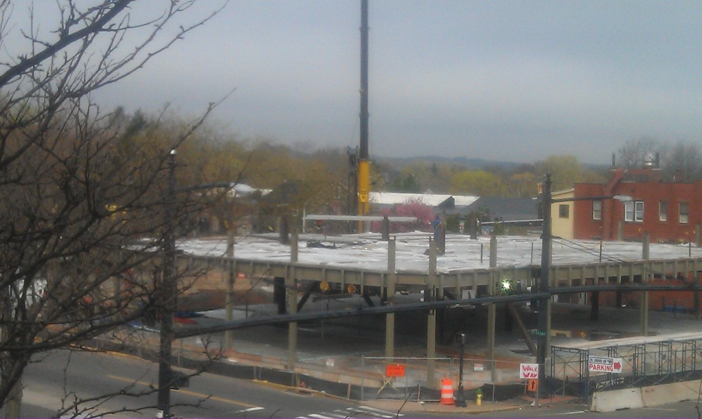 New steel being added to the CHC building in Middletown